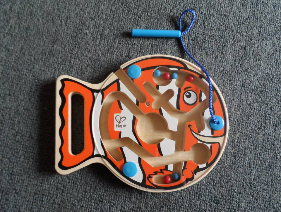 Magnetic fish puzzle
